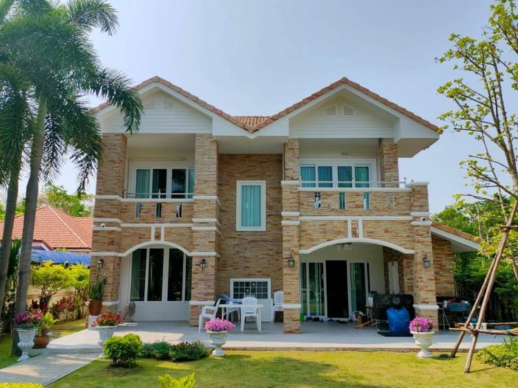 Renovate บ้าน หน้าต่าง uPVC จาก Window Asia